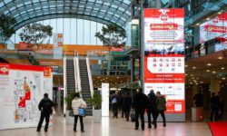 Photo: Trade fair entrance hall